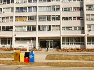 Bachelor apartment for rent in TORONTO
