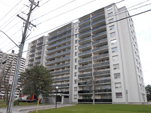 2755 Jane St North York On 3 Bedroom For Rent