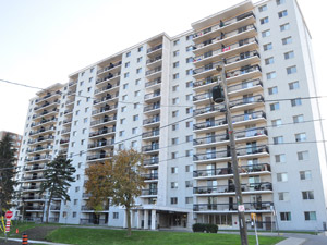 1110 Caven St Mississauga On 1 Bedroom For Rent