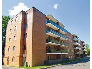1 Bedroom apartment for rent in AJAX